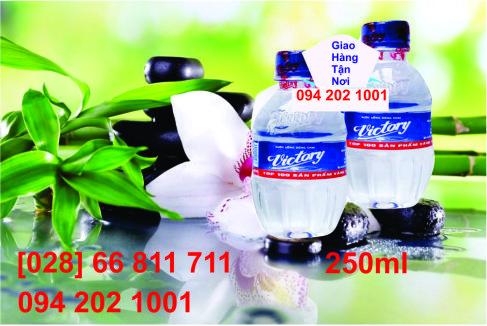 Nước suối đóng chai nhỏ Victory 250ml (24 chai / thùng) siêu tiết kiệm